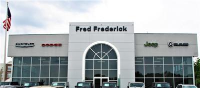 Fred Frederick Chrysler Jeep Dodge RAM Laurel Image 3