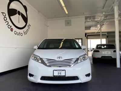 Toyota Sienna 2015 for Sale in San Diego, CA