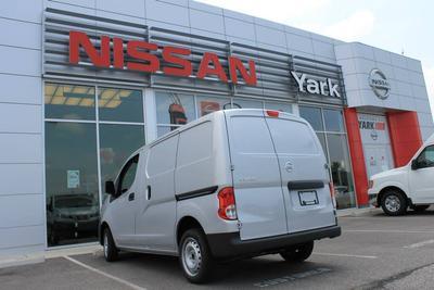 Yark Nissan Image 8
