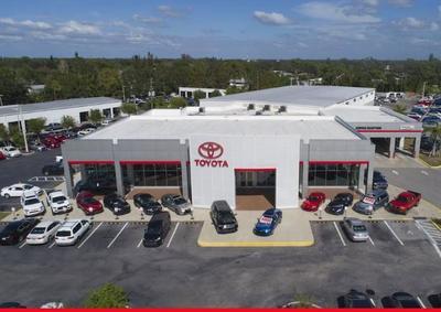 Sarasota Toyota Image 1