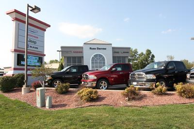 Russ Darrow West Bend Chrysler Jeep Dodge RAM Image 4
