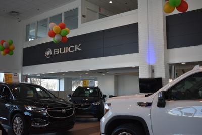 Lindsay Buick Gmc Image 5