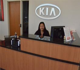 Luther Kia of Bloomington Image 7