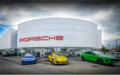 Porsche South Shore Image 2