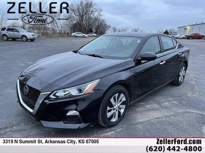 Nissan Altima 2020 for Sale in Arkansas City, KS