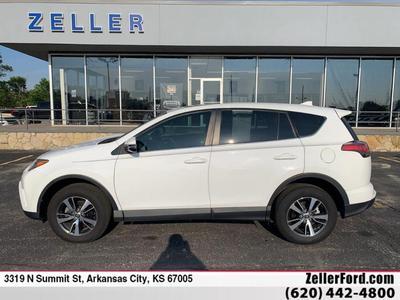 Toyota RAV4 2018 a la venta en Arkansas City, KS