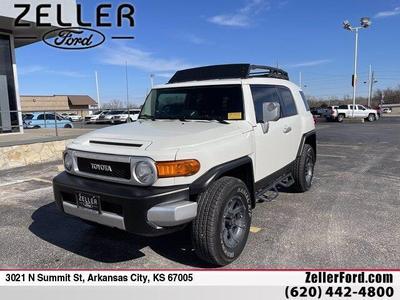 Toyota FJ Cruiser 2013 for Sale in Arkansas City, KS