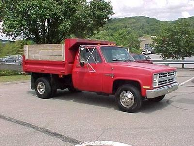 Chevrolet 3500 1987 for Sale in Pittsburgh, PA