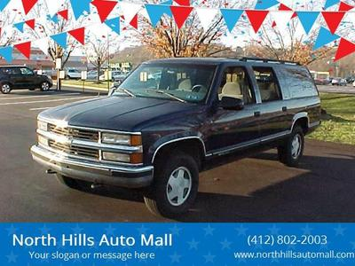 Chevrolet Suburban 1997 for Sale in Pittsburgh, PA