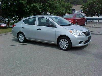 Nissan Versa 2012 for Sale in Pittsburgh, PA