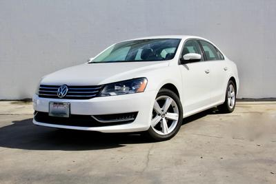 Volkswagen Passat 2013 for Sale in Pasadena, CA