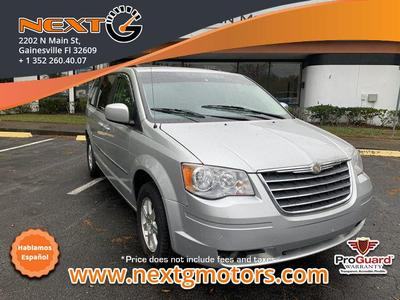 Chrysler Town & Country 2009 for Sale in Gainesville, FL