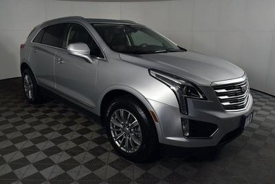 Cadillac XT5 2017 for Sale in Riverdale, NJ