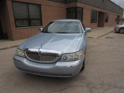 Lincoln Town Car 2006 for Sale in Dundee, IL