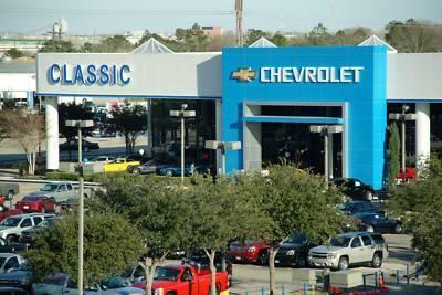 Classic Chevrolet Sugar Land Image 3