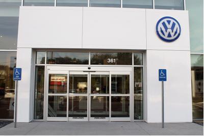 Northampton Volkswagen Image 5