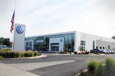 Northampton Volkswagen Image 8