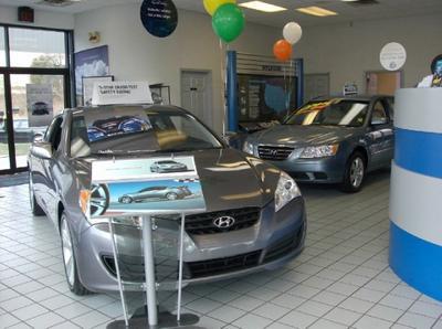 Long Hyundai Image 2