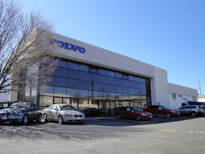Riley Volvo Cars Stamford Image 1