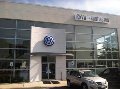 Volkswagen of Huntington Image 1