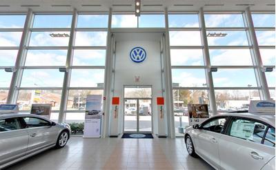 Volkswagen of Huntington Image 6