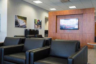 Hendrick Chrysler Dodge Jeep Ram FIAT of Concord Image 5