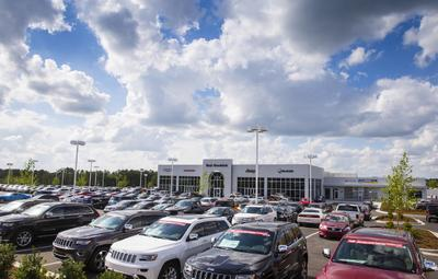 Hendrick Chrysler Dodge Jeep Ram FIAT of Concord Image 8