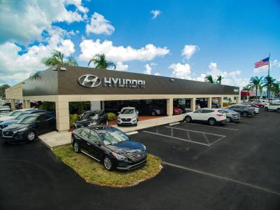 Napleton's North Palm Hyundai Image 3