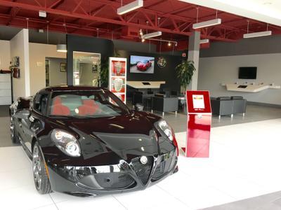 Alfa Romeo & FIAT of North Miami Image 1
