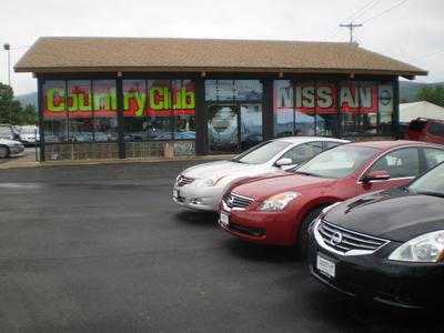 Country Club Nissan Image 1