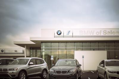 BMW of Salem Image 2