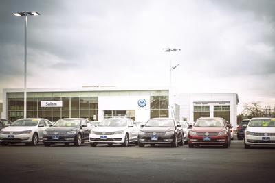 Volkswagen of Salem Image 7