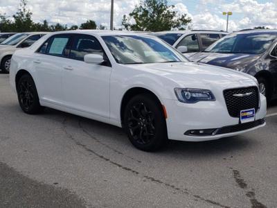 Chrysler 300 2019 for Sale in Fort Myers, FL