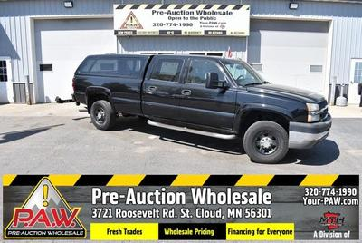 Chevrolet Silverado 3500 2004 for Sale in Saint Cloud, MN