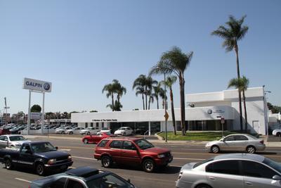 Galpin Volkswagen of the San Fernando Valley Image 2