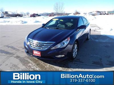 Hyundai Sonata 2012 for Sale in Iowa City, IA