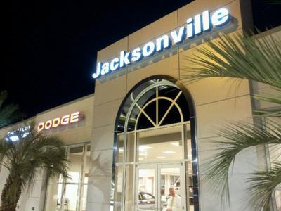 Jacksonville Chrysler Jeep Dodge Ram of Arlington Image 9