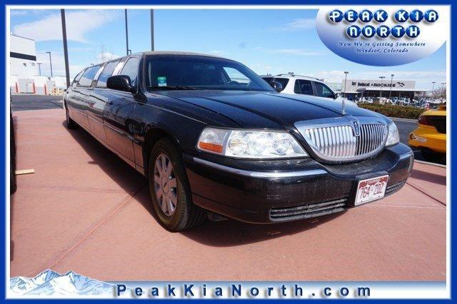 2006 lincoln town car 186 days on market