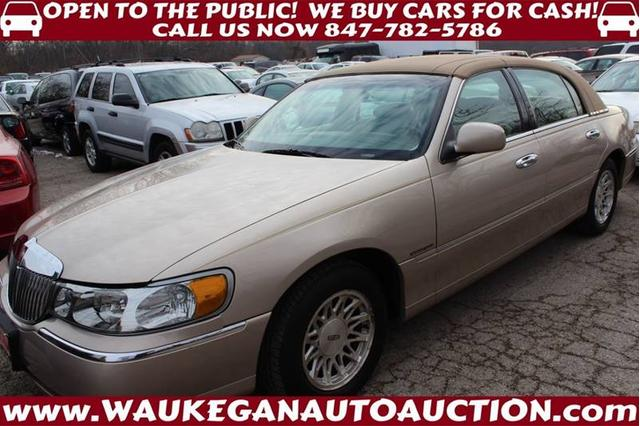 Used 1998 Lincoln Town Car Signature Sedan In Waukegan Il Near
