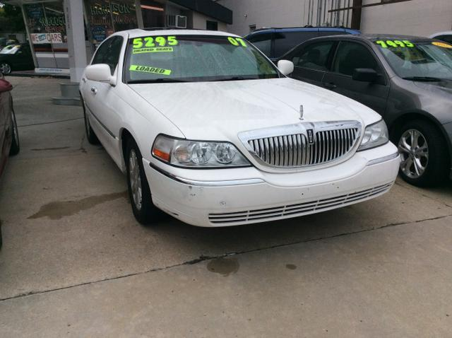Used 2007 Lincoln Town Car Signature L Sedan In Topeka Ks Near