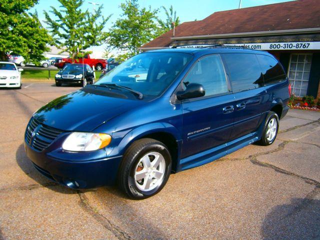 Dodge Grand Caravan 2005 for Sale in Memphis, TN