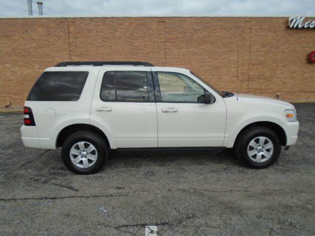 2010 Ford Explorer for Sale in Olathe, KS - Image 1