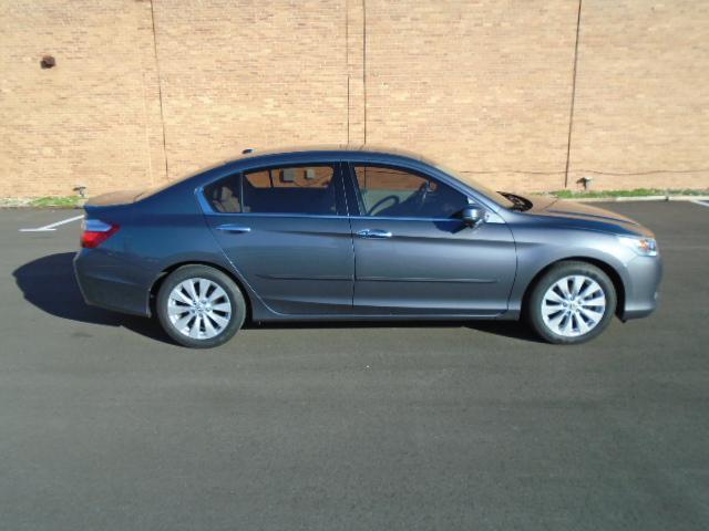 2013 Honda Accord for Sale in Olathe, KS - Image 1