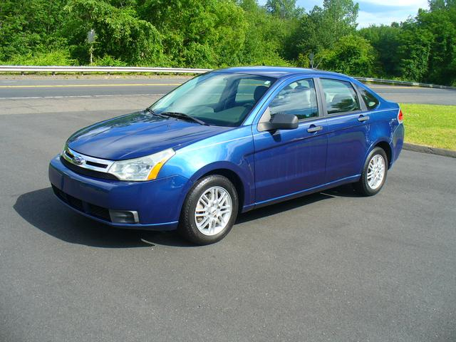 2009 Ford Focus for Sale in Windsor, CT - Image 1