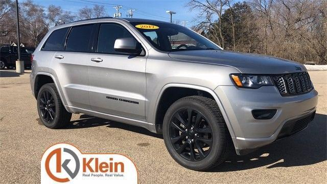 2017 Jeep Grand Cherokee for Sale in Clintonville, WI - Image 1