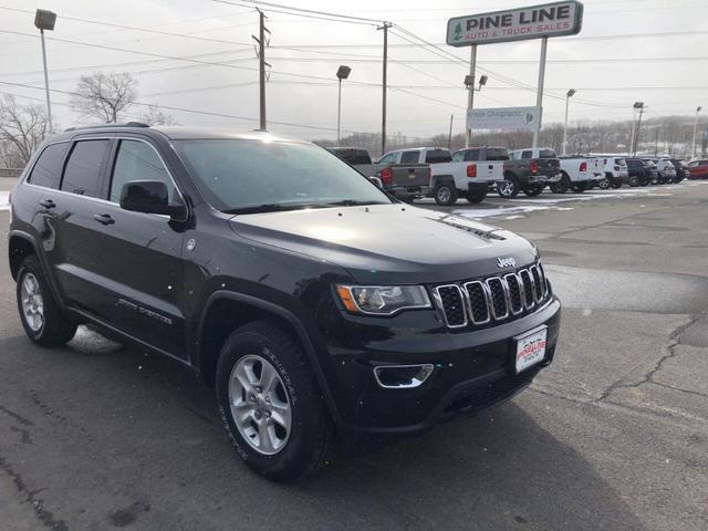 2017 Jeep Grand Cherokee a la venta en Archbald, PA - Image 1