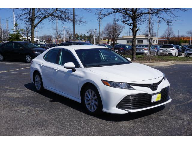 2019 Toyota Camry for Sale in Schaumburg, IL - Image 1
