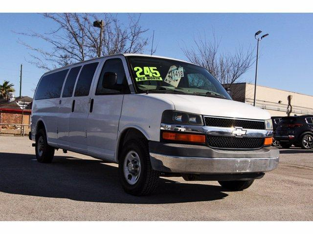 2009 Chevrolet Express 3500 for Sale in Houston, TX - Image 1