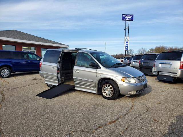 2002 Chrysler Town & Country for Sale in Zumbrota, MN - Image 1