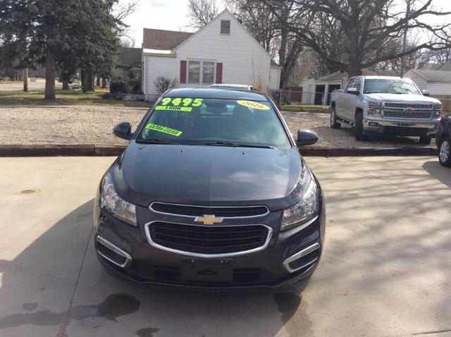 2016 Chevrolet Cruze Limited for Sale in Topeka, KS - Image 1